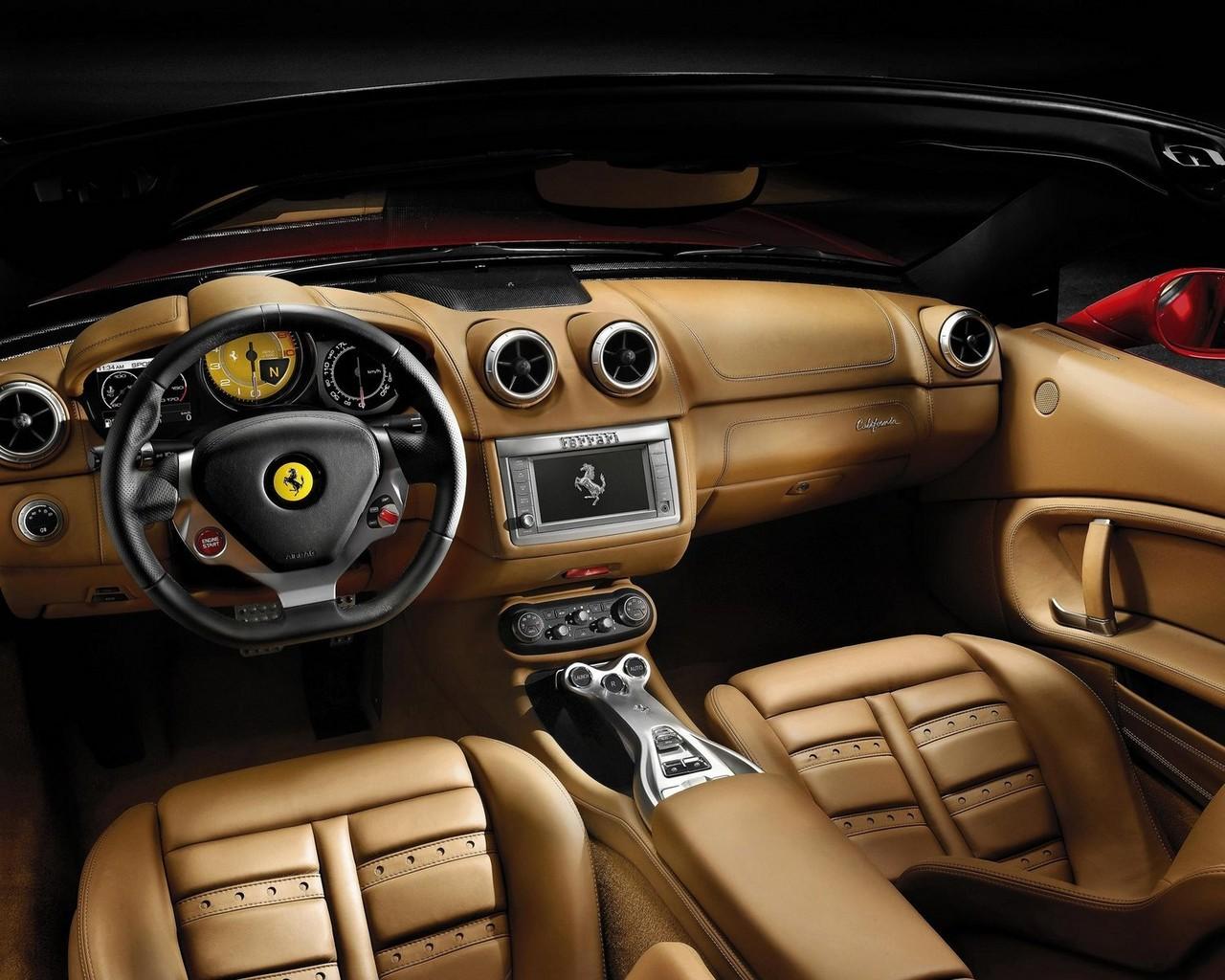 Салон Ferrari фото, скачать в высоком разрешении