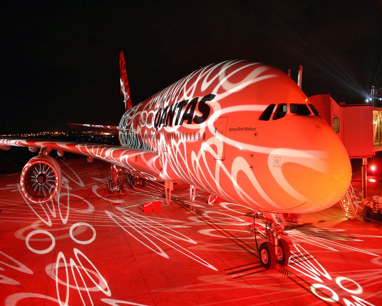 Красный самолет, обои на рабочий стол, красиво