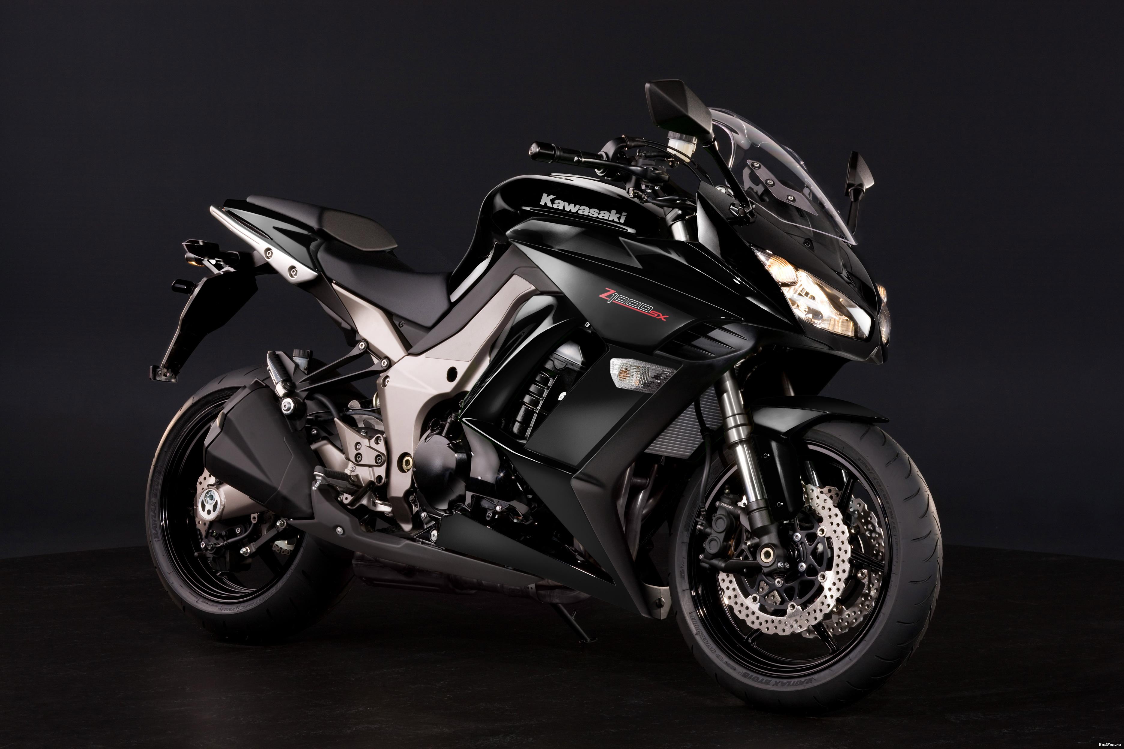 Черный мотоцикл, обои для рабочего стола, мотобайк