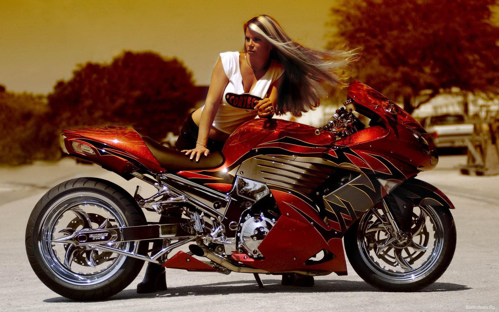 красный байк и мотоцикл, спорт, обои, красивое фото