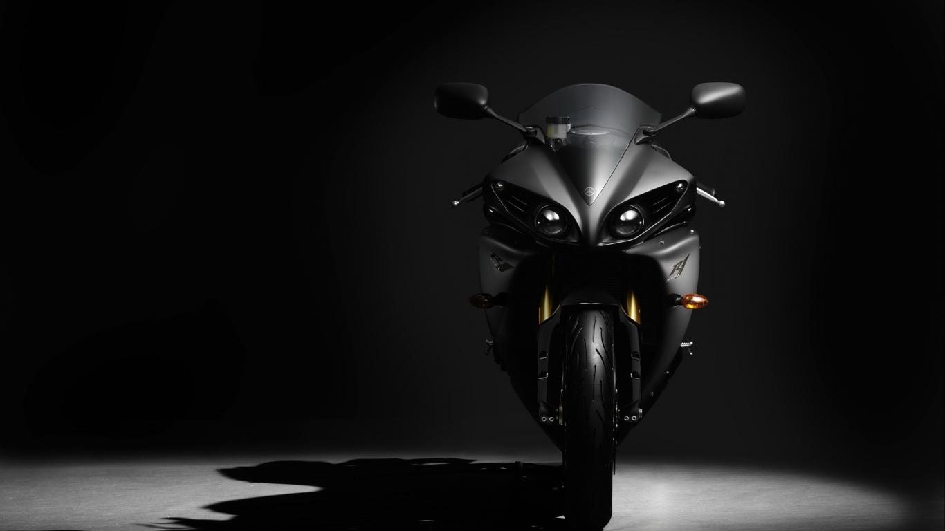 Черный байк, мотоцикл, курпно, обои на рабочий стол