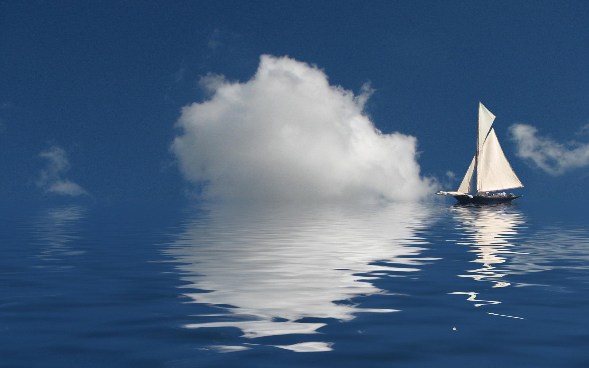 Парусник в море, на воде, фото кораблей, лодок