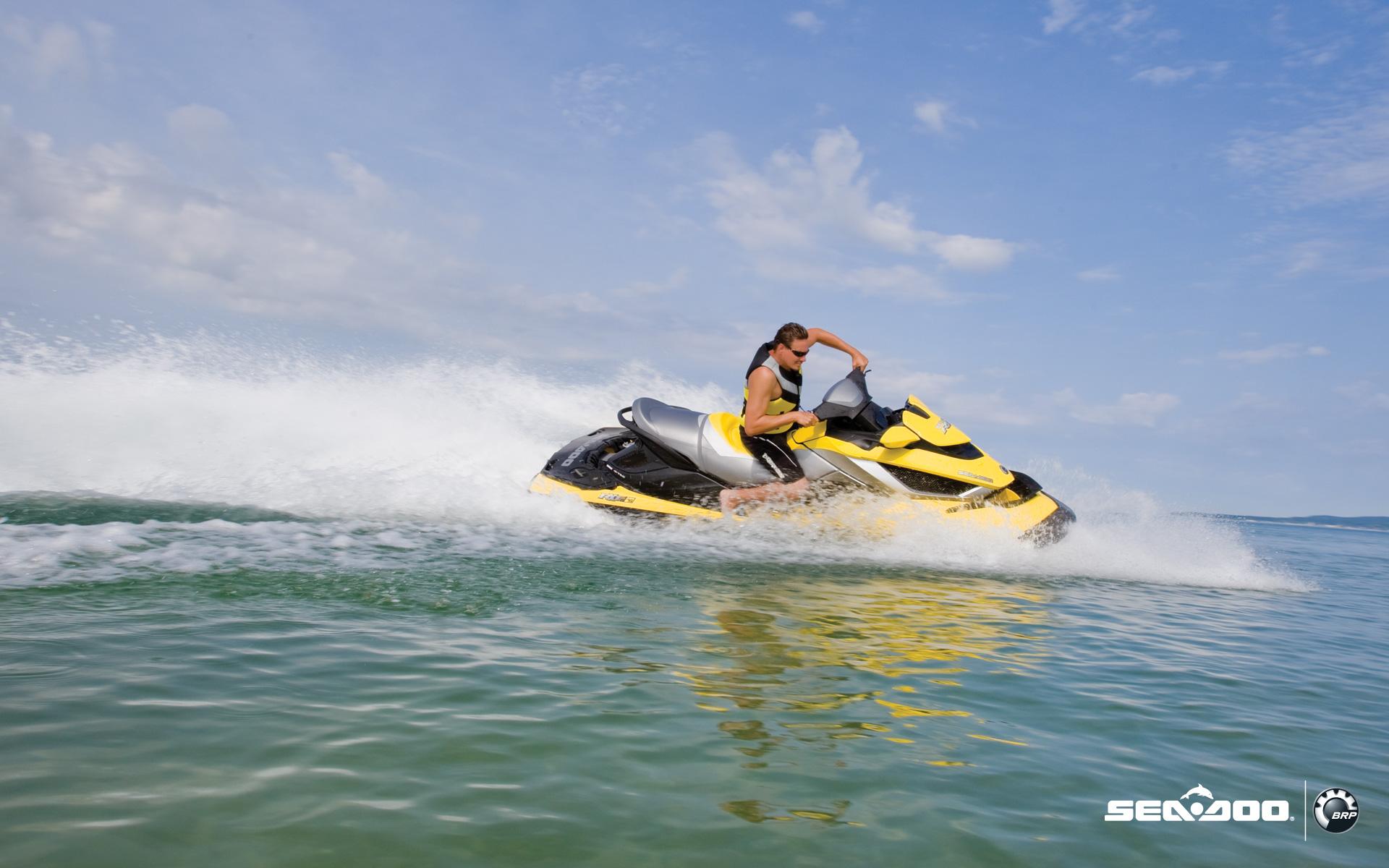 скутер, водный мотоцикл, фото