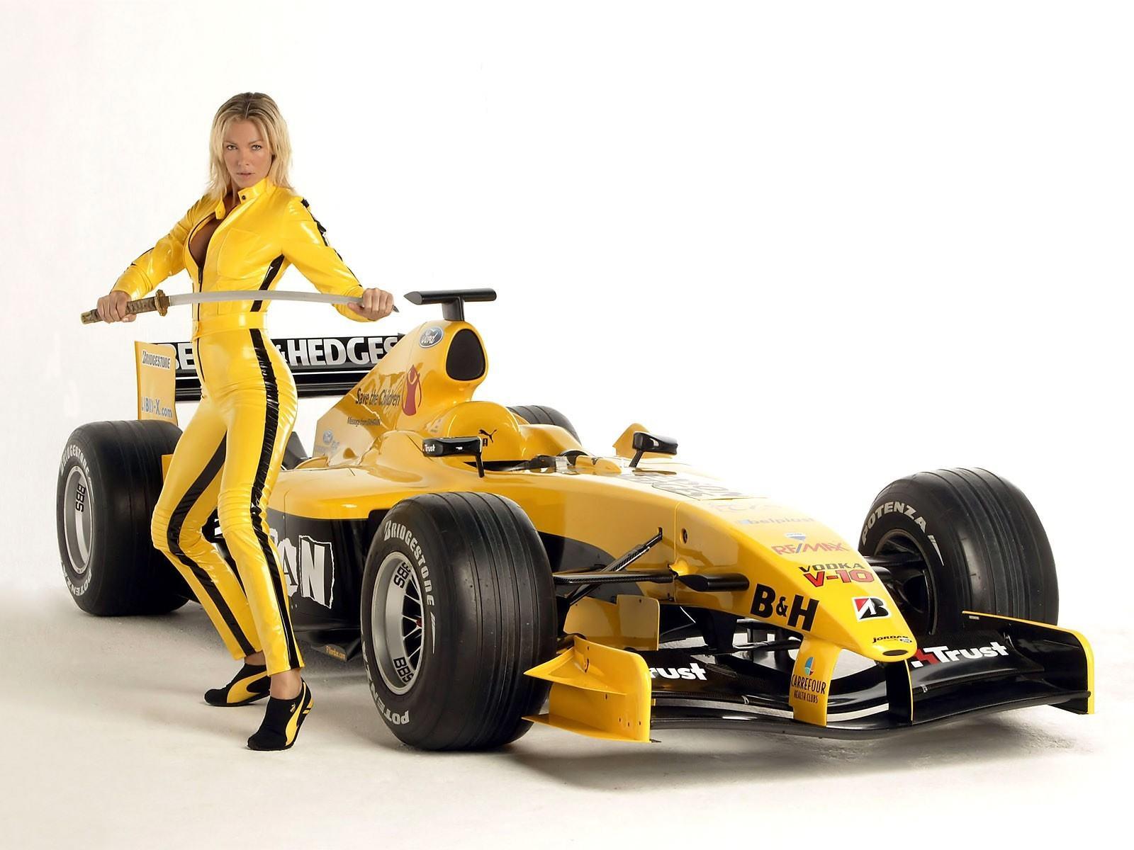 Желтый автомобиль, убить билла, сабля, формула-1, обои на рабочий стол
