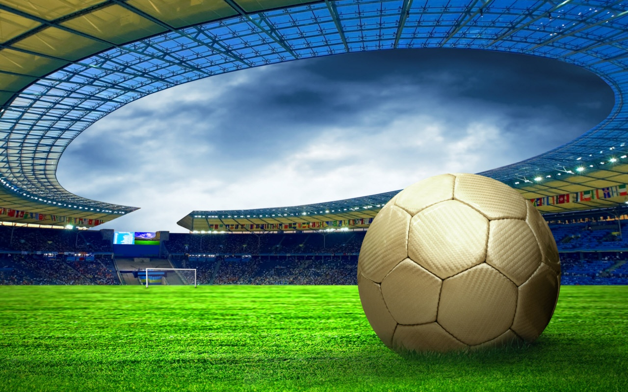 мяч на траве, футбол, стадион, фото обои на рабочий стол