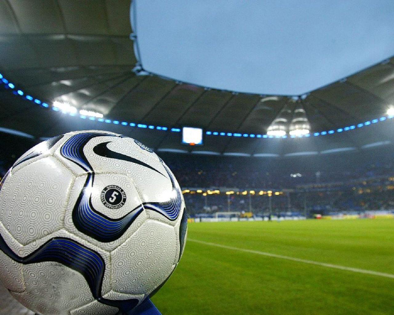 мяч на стадионе, фото, обои на рабочий стол, стадион
