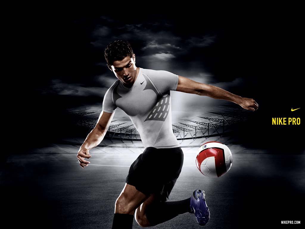футболист и мяч, футбол, фото обои для рабочего стола
