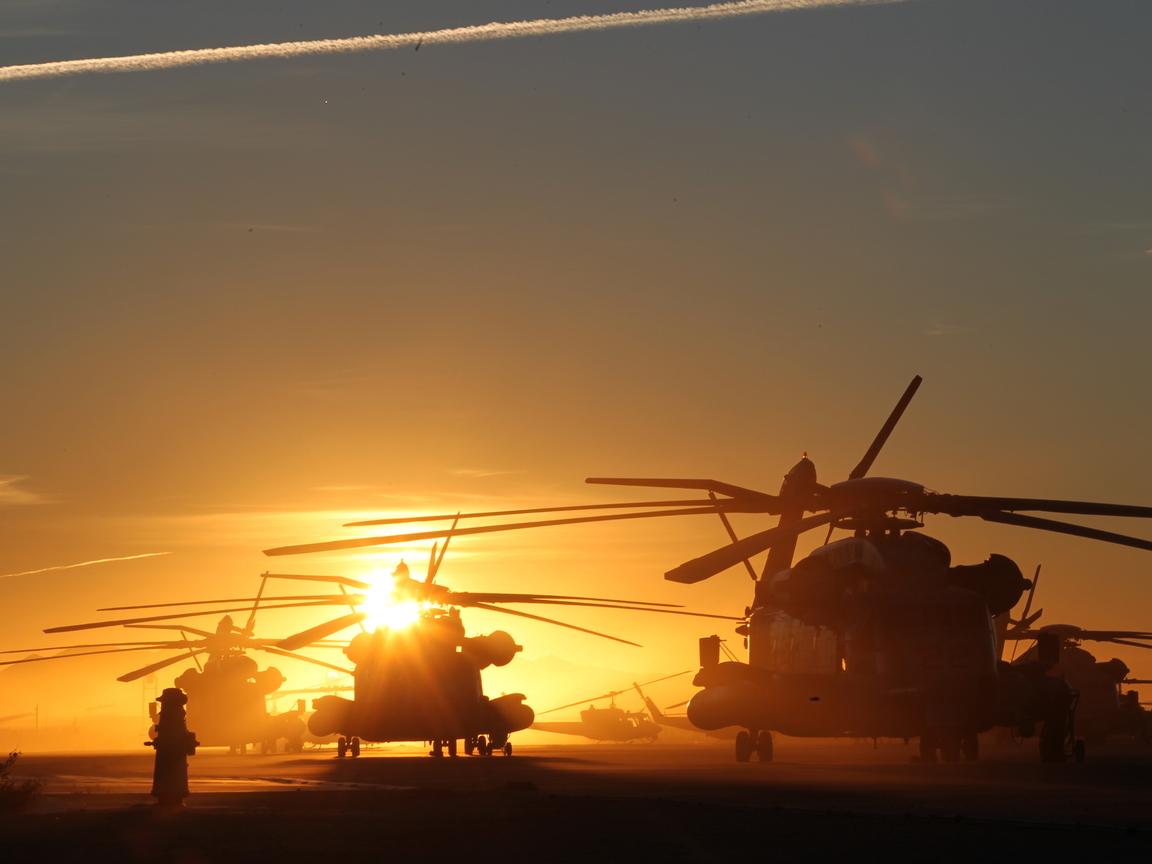 Закат солнца, скачать фото, обои, вертолеты, фото вертолетов