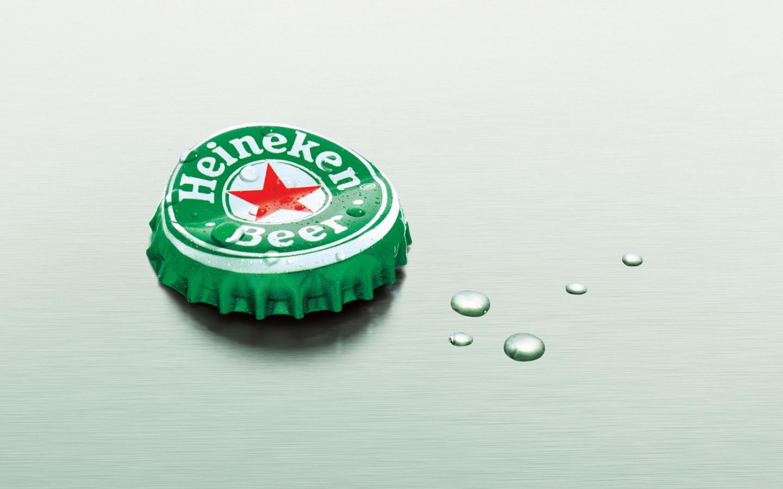обои для рабчоего стола, Heineken, лрышка от бутылки пива, скачать обои для рабочего стола