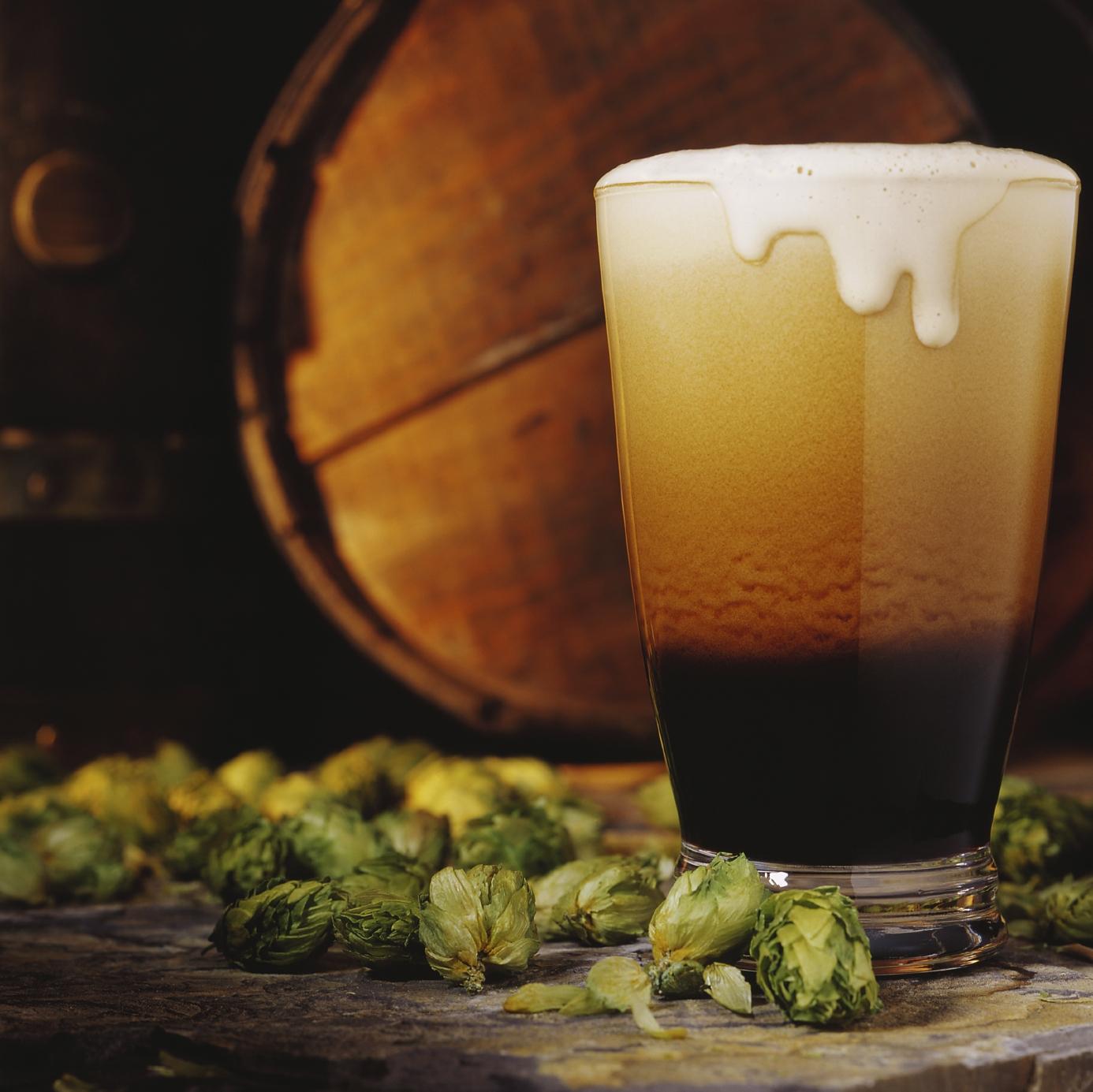 свежее пиво из бочки, фото, скачать, обои на рабочий стол