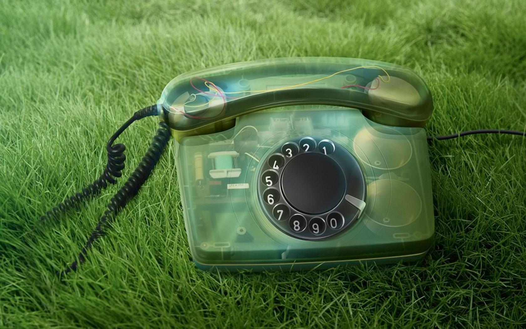 телефон на траве, фото, скачать, обои для рабочего стола