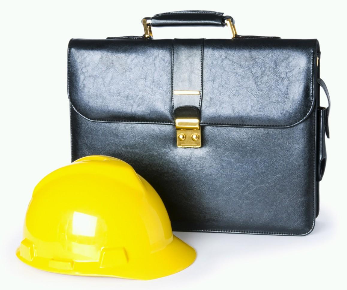желтая строительная каска и портфель, скачать фото, обои для рабочего стола