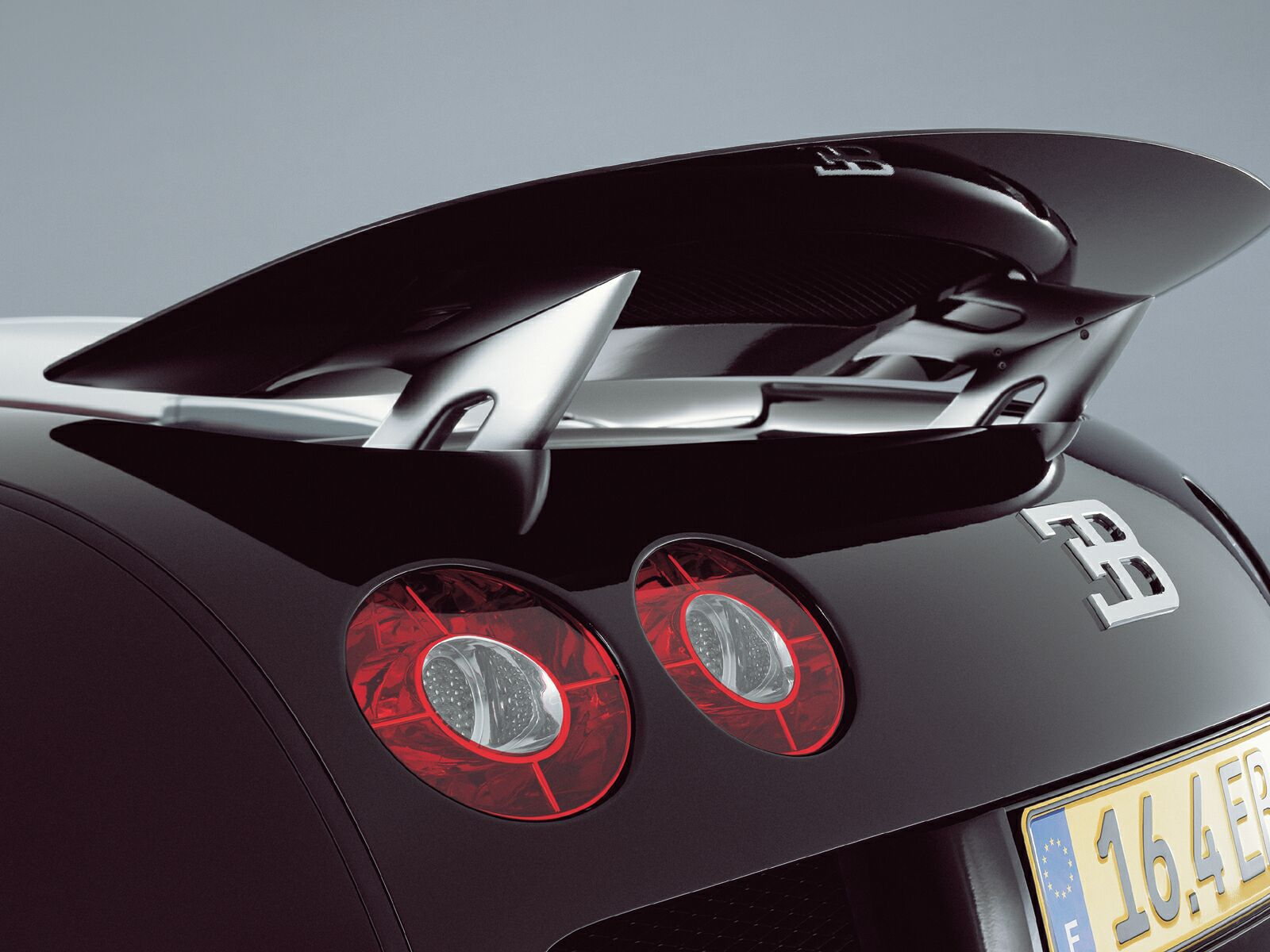 Bugatti Veyron, обои для рабчоего стола, стабилизирующее крыло, скачать