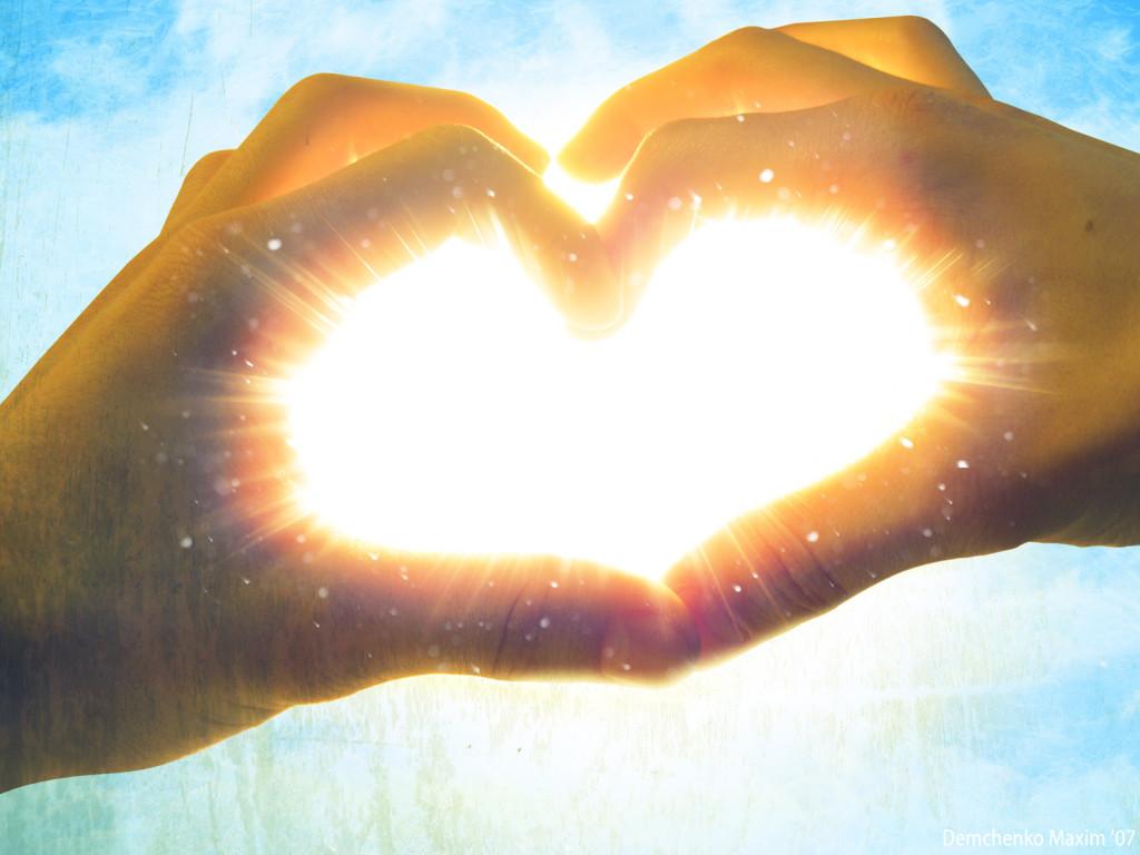 сердце из рук, фото, свет солнца, обои на рабочий стол