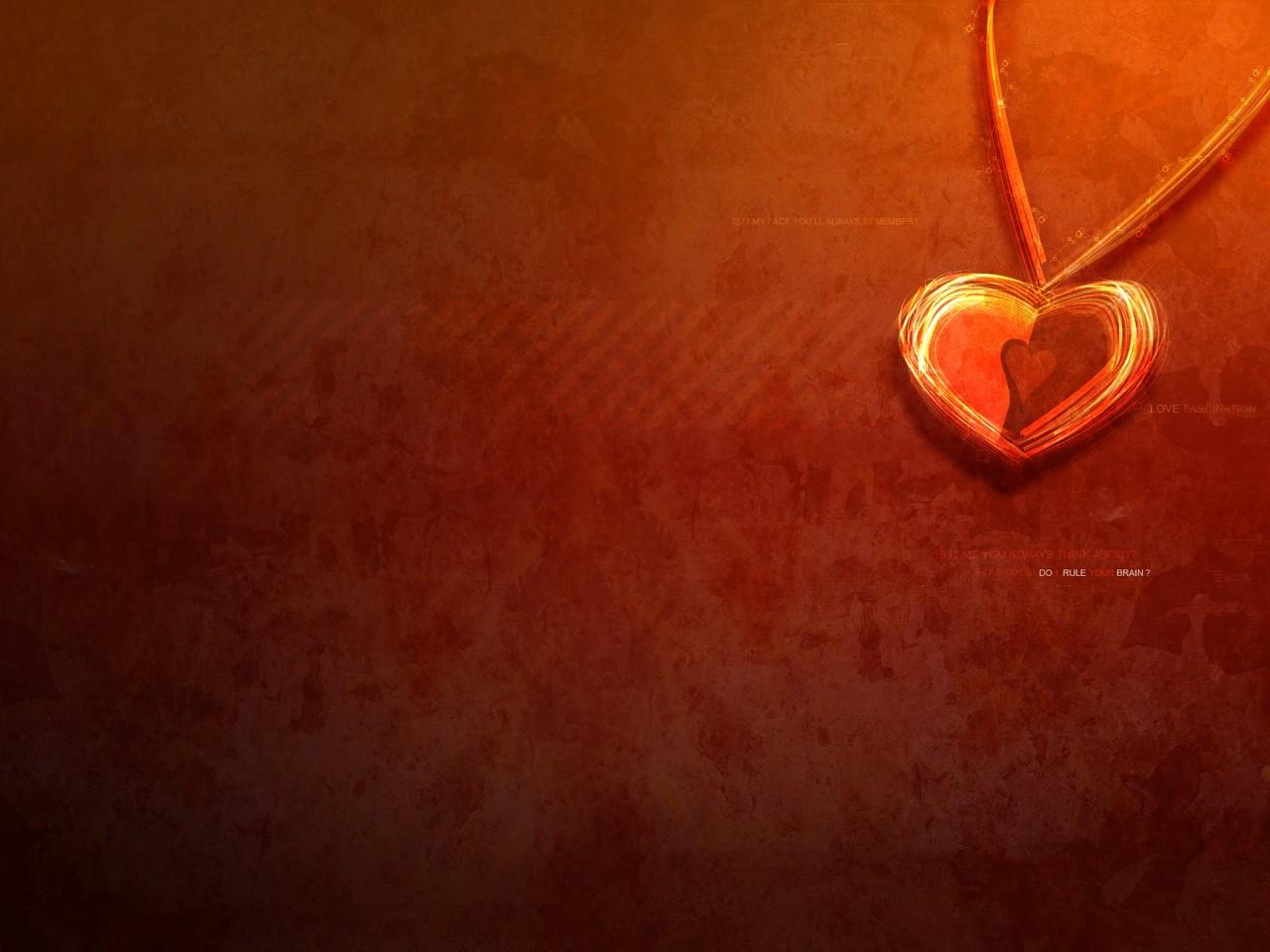 кулон с сердечком, скачать фото, обои для рабочего стола