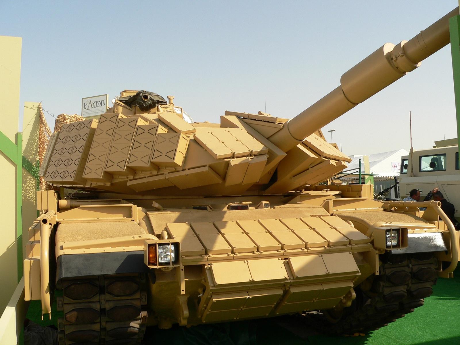 танк с динамической защитой, скачать фото, обои для рабочего стола