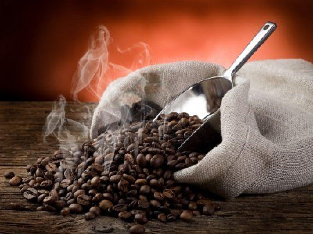 обжаренные кофейные зерна, скачать фото, обои для рабочего стола, кофе