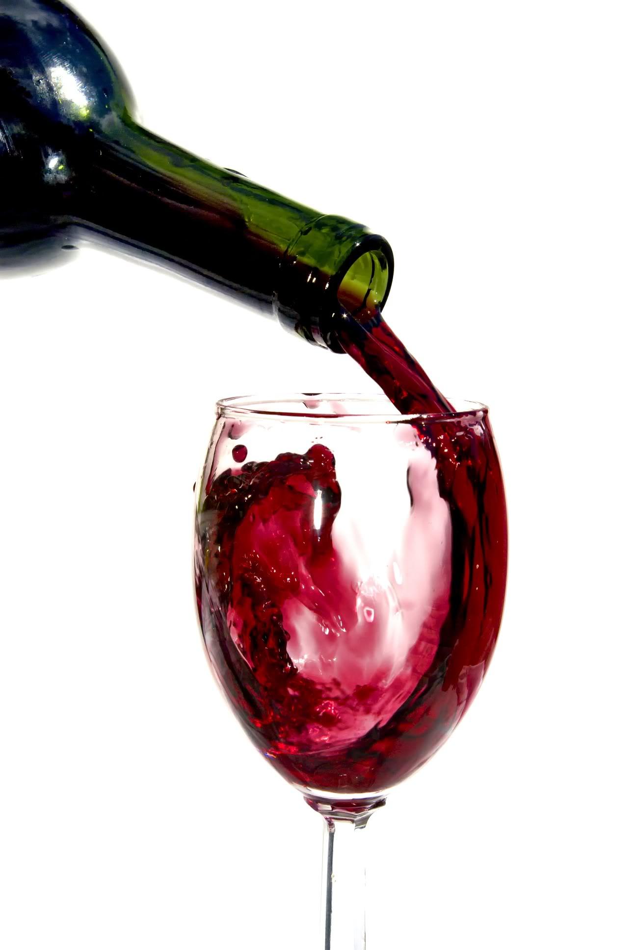 бокал с красным вином, бутылка, скачать фото, обои на рабочий стол