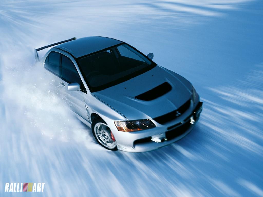 снег и машина, гонка, ралли, скачать фото