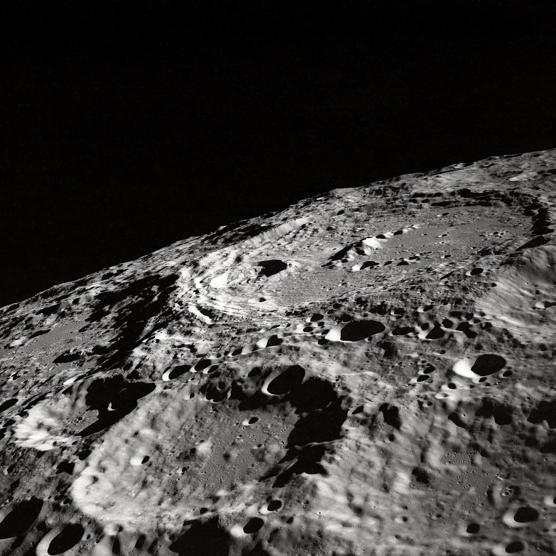 лунный грунт, поверхность луны, скачать фото, луна
