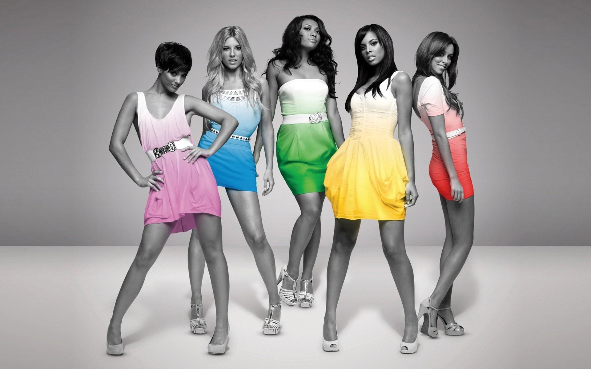 девушки модели в разноцветных платьях, скачать фото, обои на рабочий стол