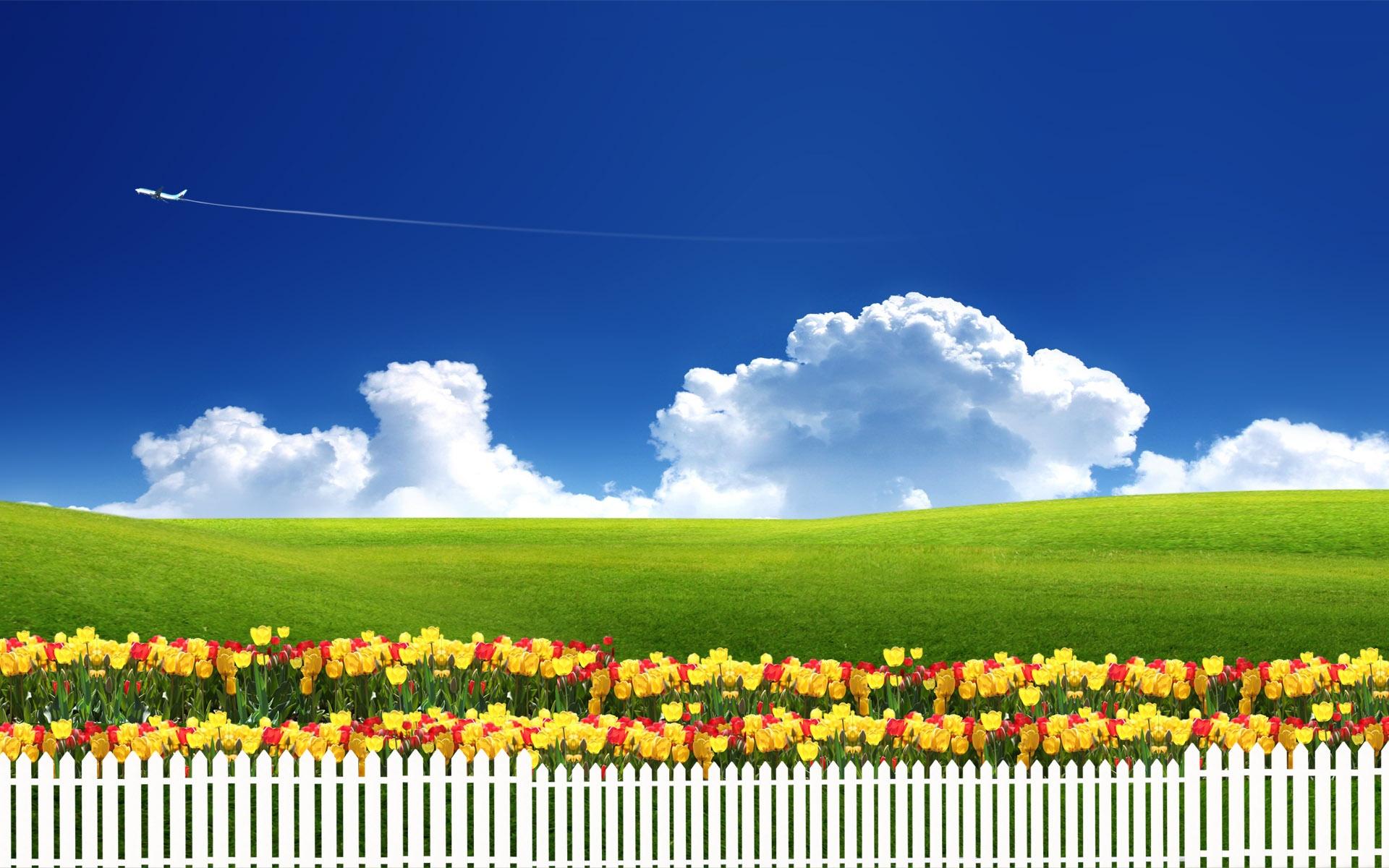 весна, синее небо, облака, забор, скачать фото, трава