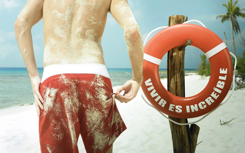 пляж, парень в плавках, скачать фото, обои для рабочего стола