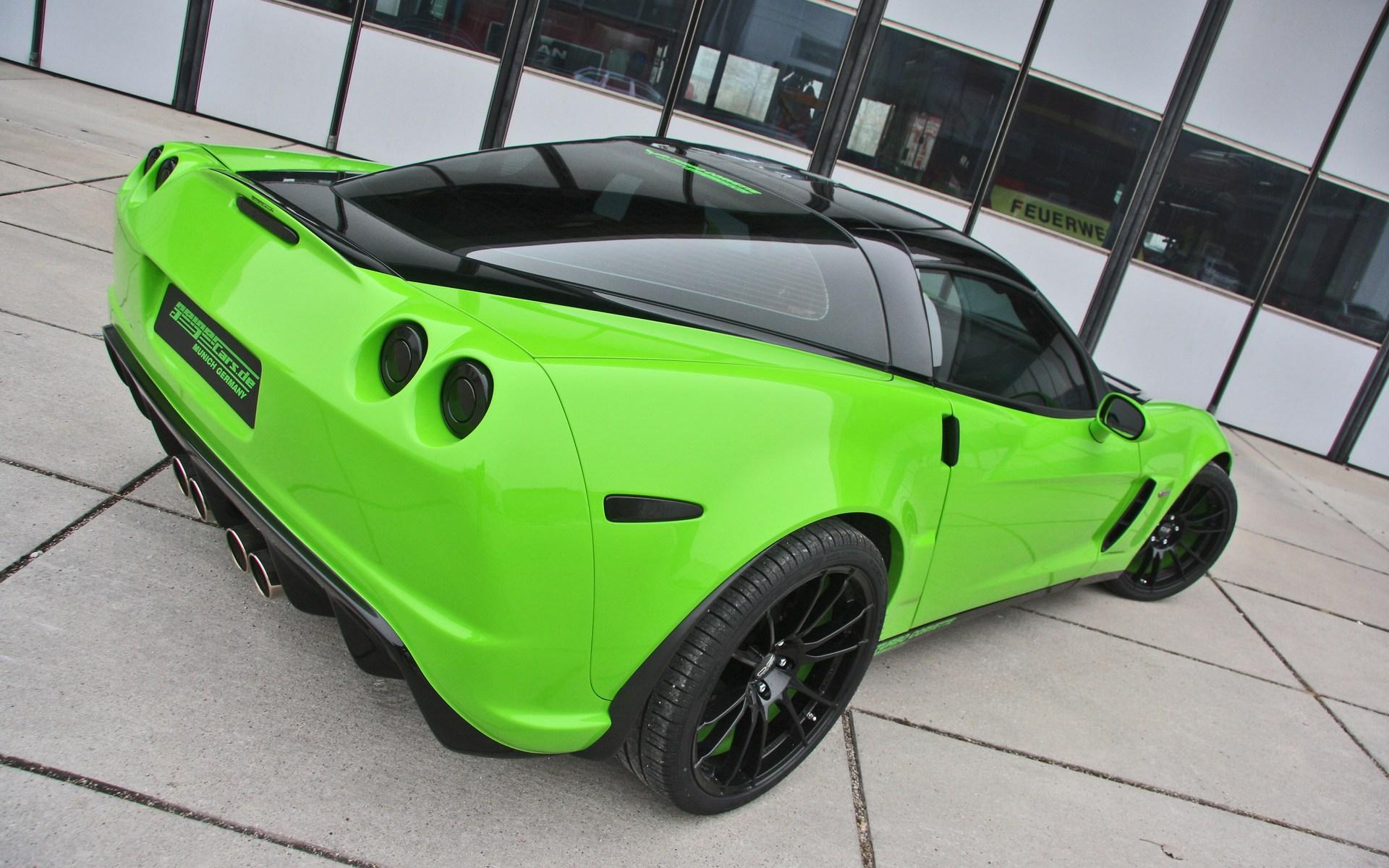 Green Super car wallpaper, скачать фото, суперкар, гоночный авто, обои на рабочий стол