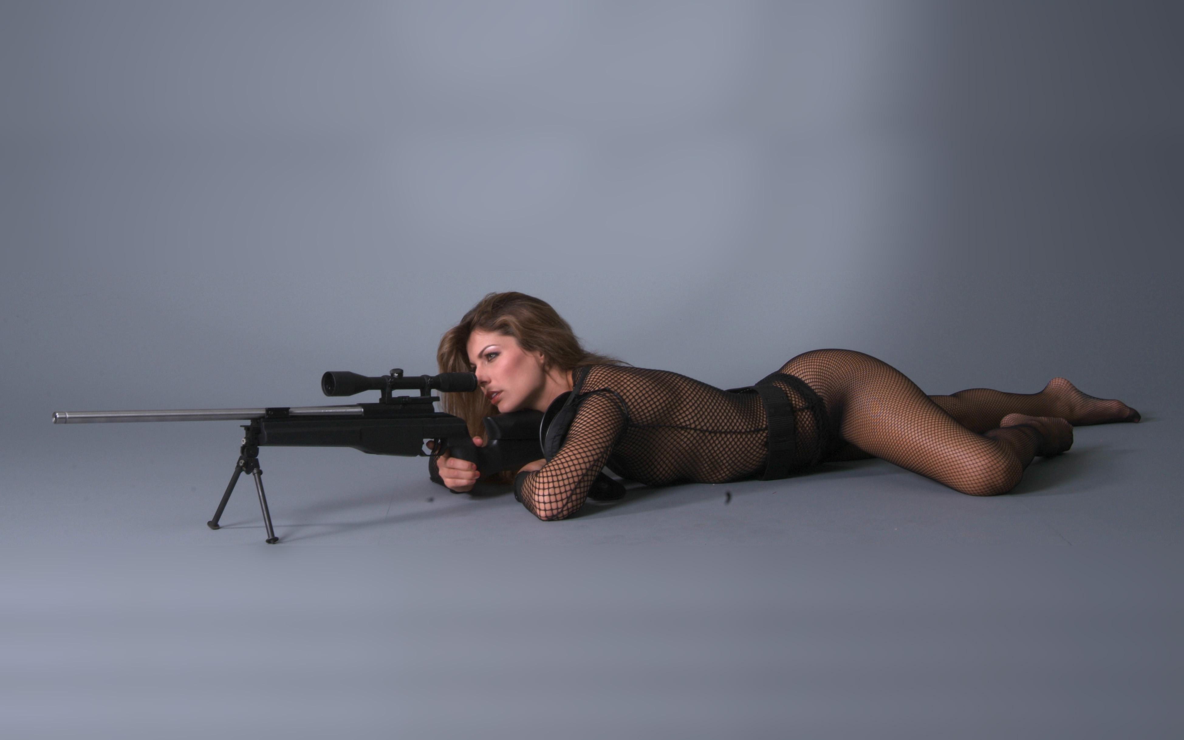 девушка со снайперской винтовкой, скачать фото, обои на рабочий стол, girl sniper wallpaper