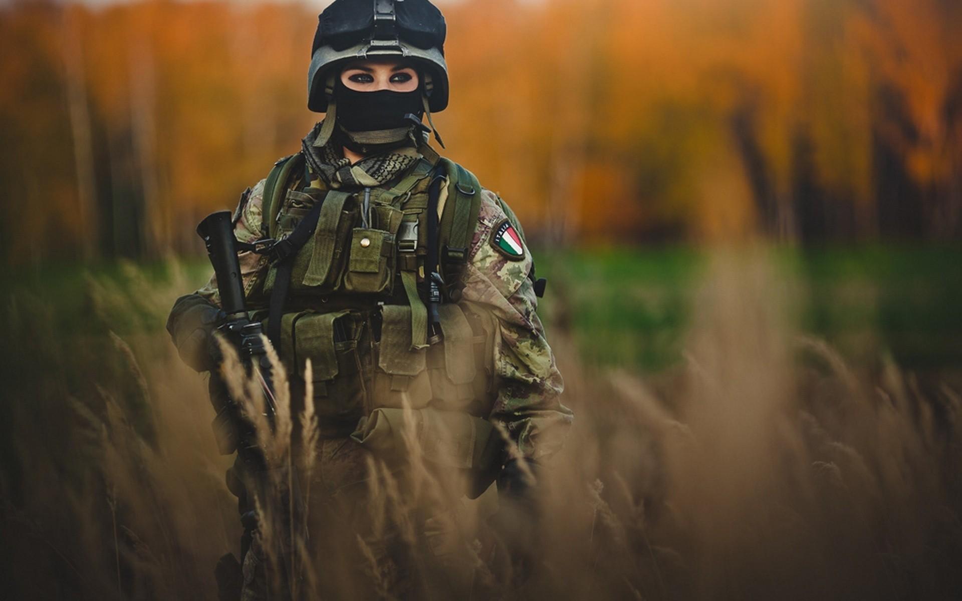 девушка солдат, скачать фото, обои для рабочего стола, girl soldier wallpaper, девушка с оружием
