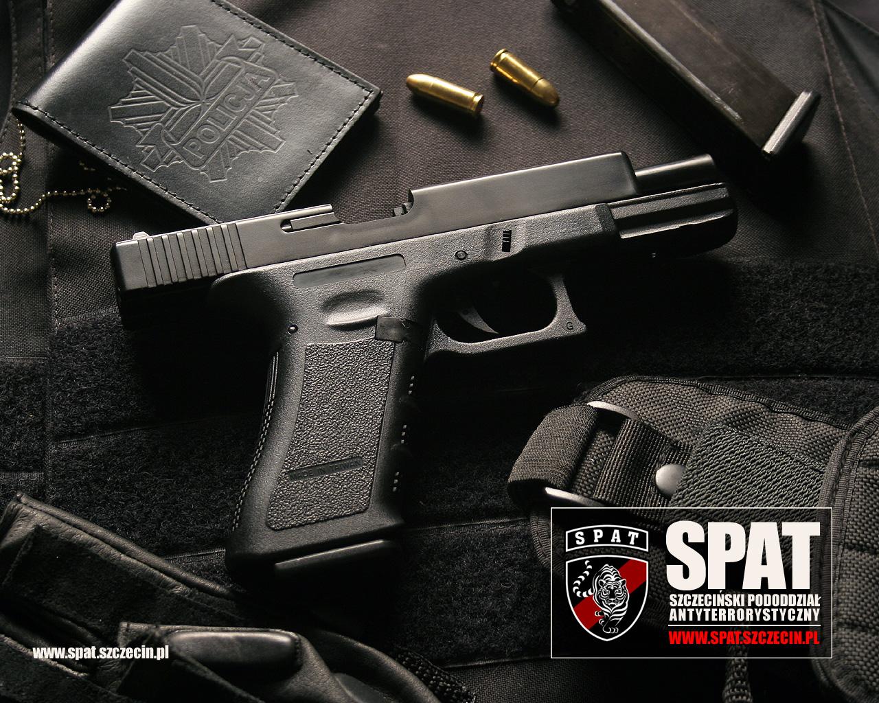 пистолет SWAT, обои для рабочего стола, скачать фото, hand gun wallpaper