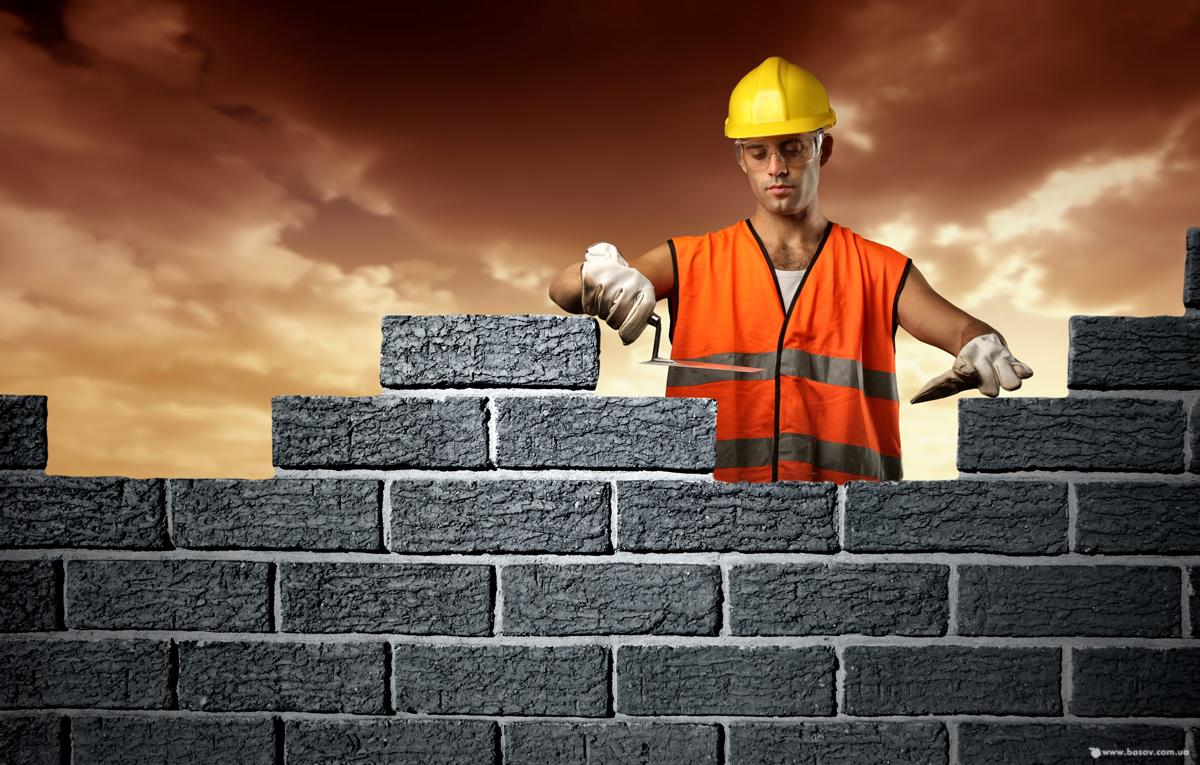 Рабочие строят дом картинка