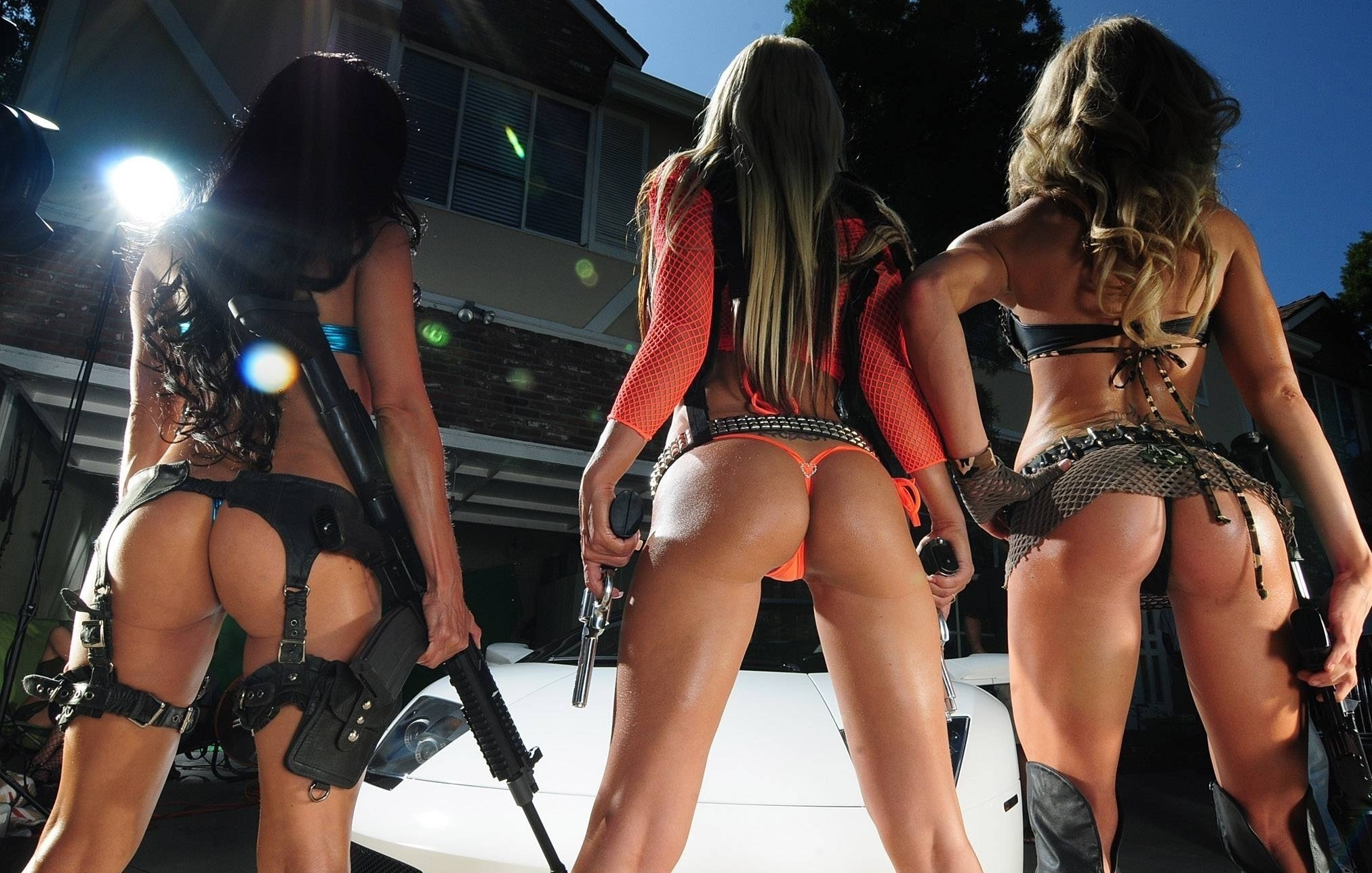 sexy girls with guns, секси девушки с оружием, скачать фото, обои для рабочего стола